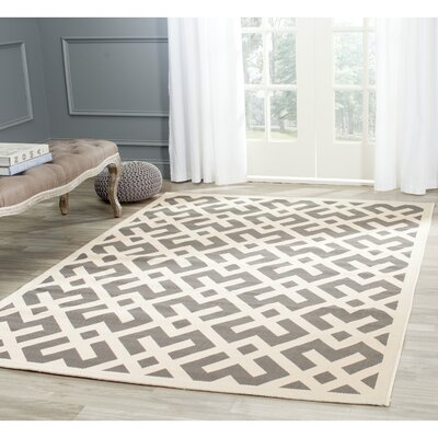 Quinlan Gray/Bone Indoor/Outdoor Area Rug Rug Size: Round 4