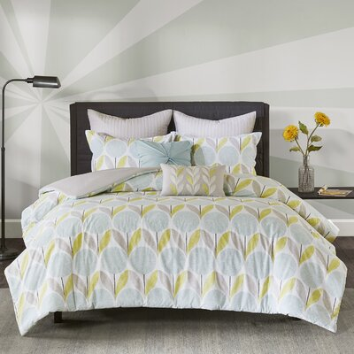 Wyss 7 Piece Duvet Cover Set Size: King/Cal King, Color: Aqua