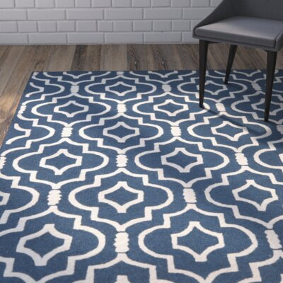 Darla Wool Blue Navy/Ivory Area Rug Rug Size: Rectangle 4 x 6