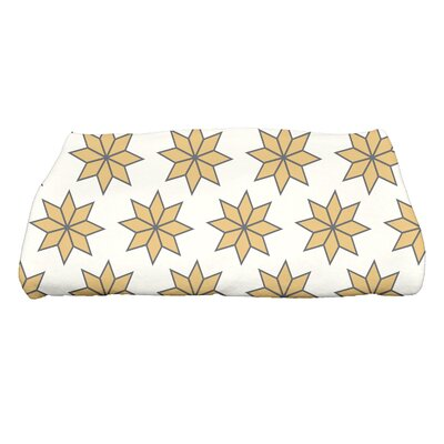 Christmas Stars Bath Towel Color: White/Gold/Black