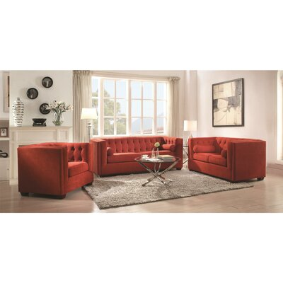 Custer Living Room Collection