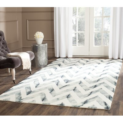 Crux Ivory/Gray Area Rug Rug Size: Rectangle 4 x 6