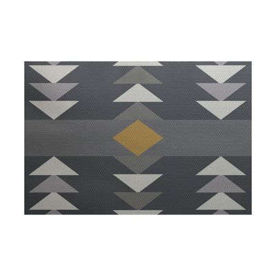 Poole Geometric Print Gray Indoor/Outdoor Area Rug Rug Size: 4 x 6
