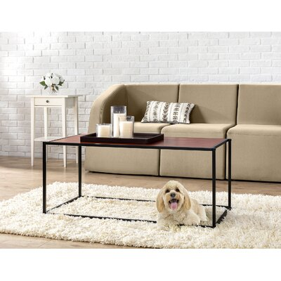 Avey Classic Coffee Table