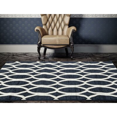 Elenor Blue/White Indoor/Outdoor Area Rug Rug Size: 5 x 7