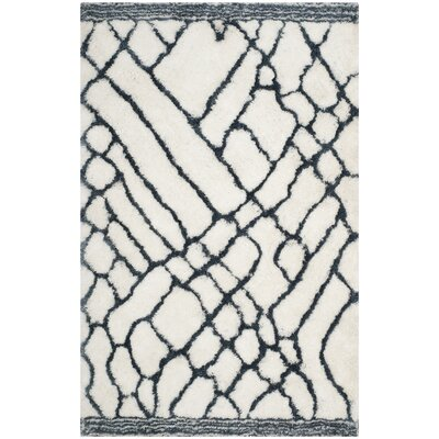 Briganti Hand-Tufted Ivory/Blue Area Rug Rug Size: Rectangle 5 x 8