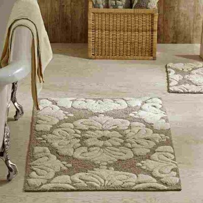 Westhoff Medallion Bath Mat Size: 17x24 & 24x40, Color: Beige and Natural