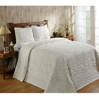 Trevor Cotton Reversible Bedspread Set Size: Full, Color: White