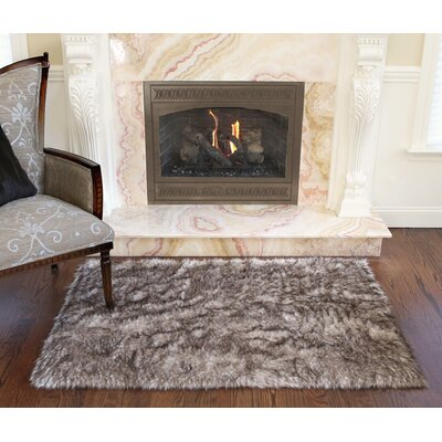 Meiman Luxury Long Fur Hand-Woven Area Rug Color: Pearl Finn