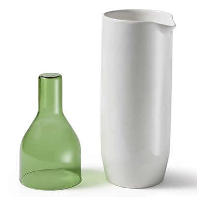 Atipico 2-Piece Carafe Set