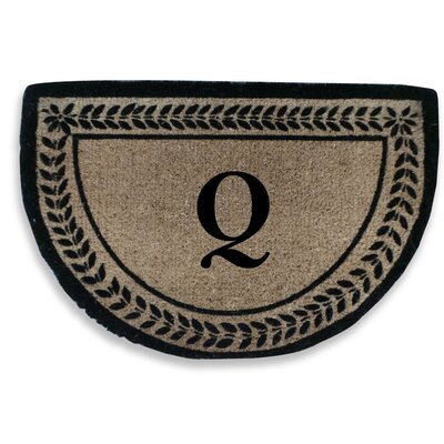 Leaf Decorative Border Monogrammed Doormat Letter: Q