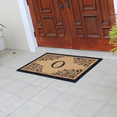 Hedvige Courtyard Entry Double Monogrammed Doormat Letter : O