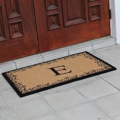 Hedvige Floral AntiShred Treated Non-Skid Monogrammed Doormat Letter : E