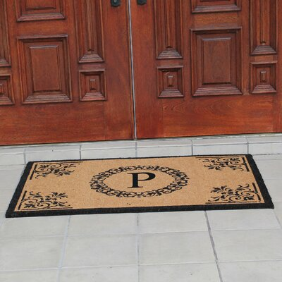 Hedvige Anti Shred Treated Non-Skid Monogrammed Entry Doormat Letter : P