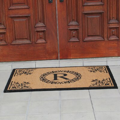 Hedvige Anti Shred Treated Non-Skid Monogrammed Entry Doormat Letter : R