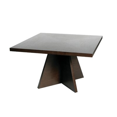 Lugu Dining Table