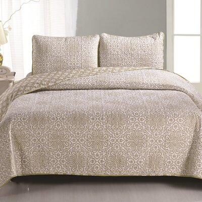 Furniture-Sibylia Quilt Set Size Full Queen
