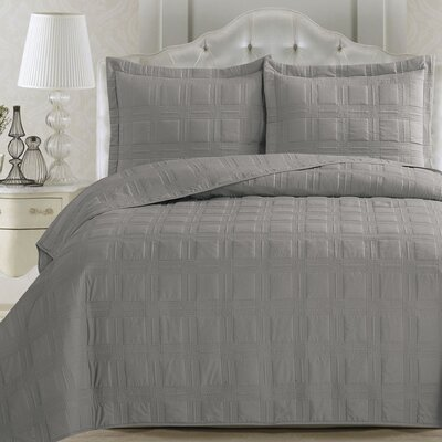 Big Coppitt Key Quilt Set Size: King, Color: Glacier Gray