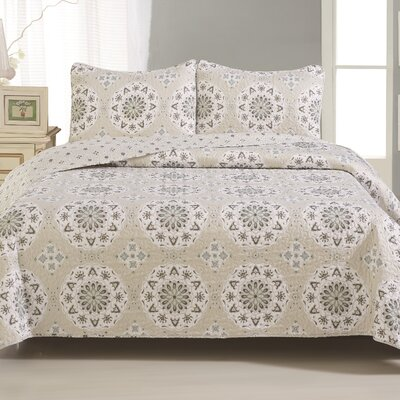 Abigail Quilt Set Size: Twin, Color: Beige