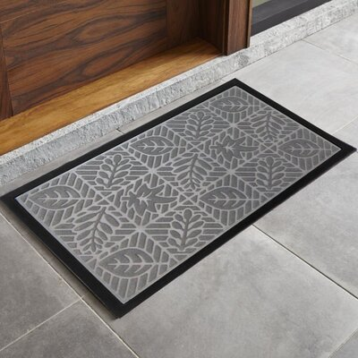 Trenton Sculpted Welcome Doormat Color: Gray