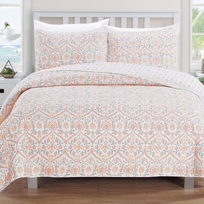 Cassandra Reversible Quilt Set Size: King, Color: Rose