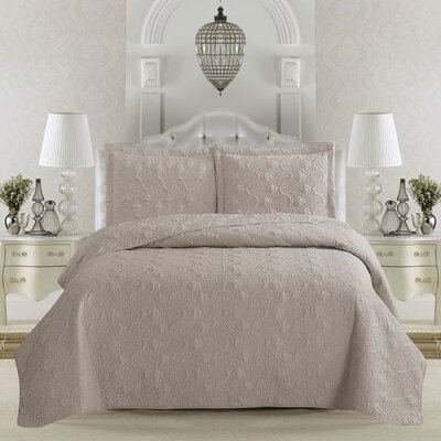 Rossa Quilt Set Size: Full/Queen, Color: Silver Cloud
