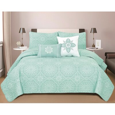 Kiara 5 Piece King Reversible Quilt Set Color: Icy Morn