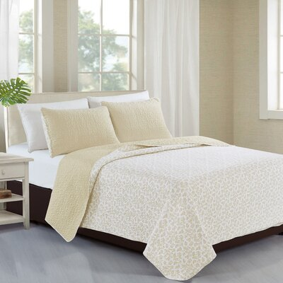 Kyla Reversible Quilt Set Size: King, Color: Flax