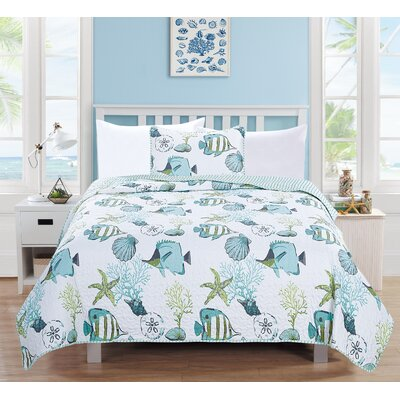 Seaside Reversible Quilt Set Size: Twin