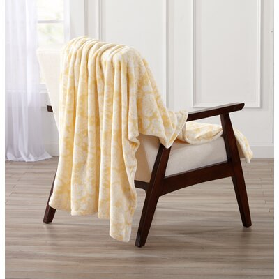 Isabel Ultra Velvet Plush Oversize Throw Color: Beige