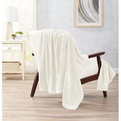 Clara Ultra Velvet Plush Oversize Throw Color: Whisper White
