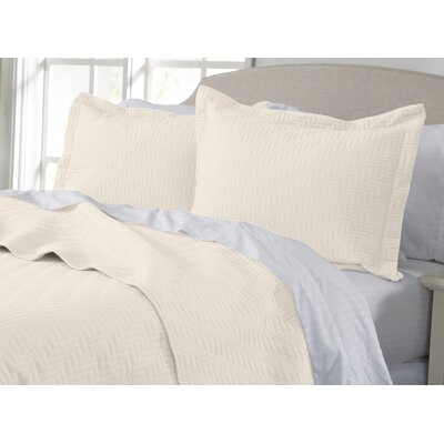 Rafaela Quilt Set Size: King, Color: Pristine Ivory