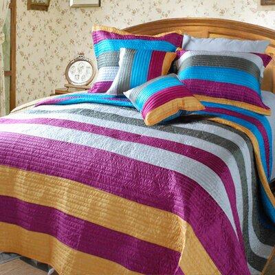 Suburban Stripes Quilt Set Size: King