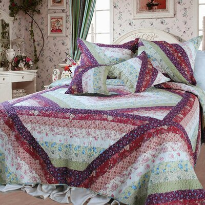 Floral Garden Quilt Set Size: Queen/Full