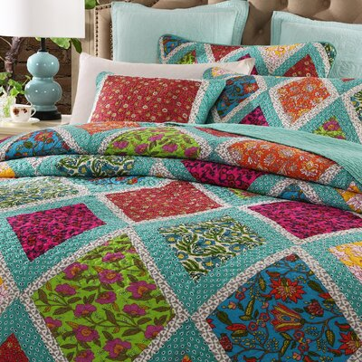 3 Piece Reversible Quilt Set Size: Single