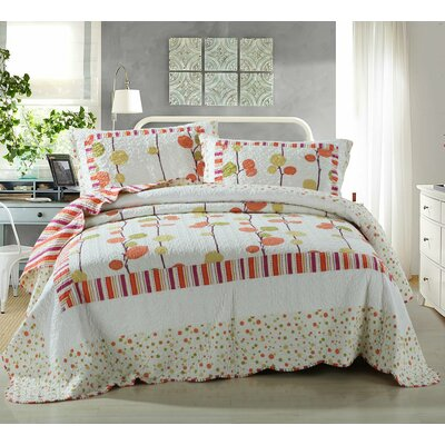 Polka Dot Vineyard Reversible Patchwork Quilt Set Size: Twin