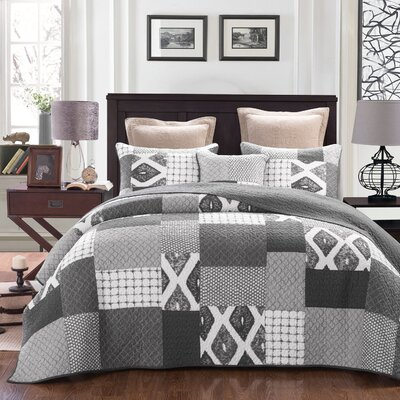 Classical Shades Reversible Quilt Set Size: Full