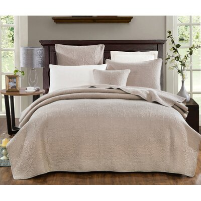 Galiana Elegant Embossed Textured Quilted Coverlet Bedspread Set Size: Twin
