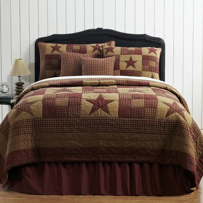 Louisa Star Coverlet Size: King