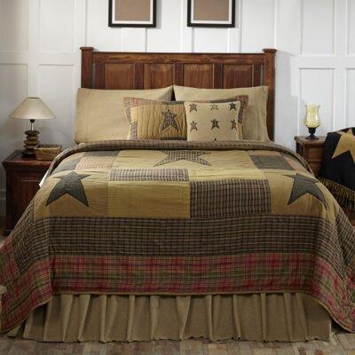 Stratton Quilt Size: Queen