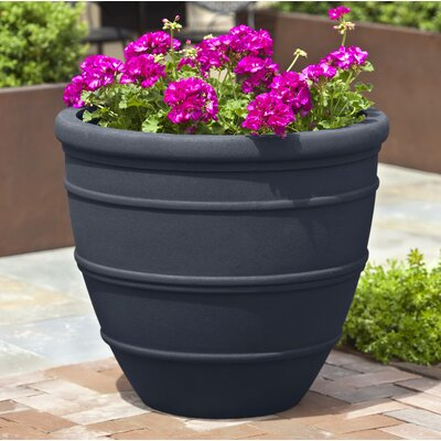 Petterson Fiberglass Clay Composite Pot Planter Color: Onyx Black Lite