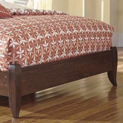 Two Roads Footboard Size: Full/Queen