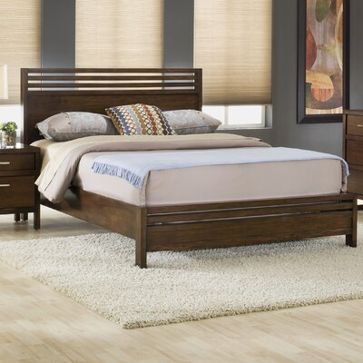 De La Vega Platform Bed Size: King
