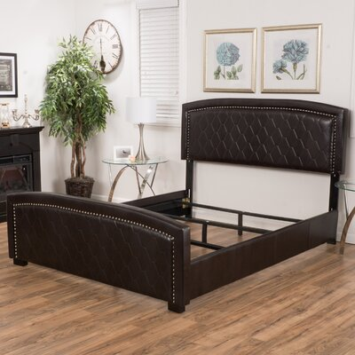 Bluegrass Panel Bed Size: King