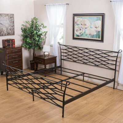Moccasin Bend Bed Frame Size: King