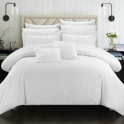 Seelye Comforter Set Color: White, Size: Twin