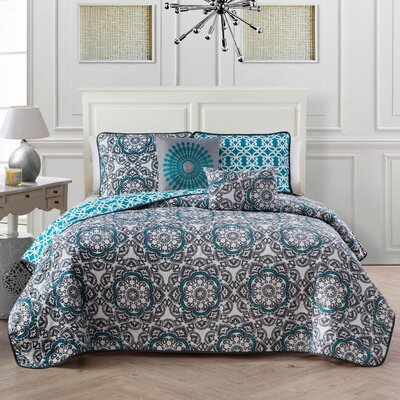 Gainer 5 Piece Quilt Set Color: Blue, Size: King
