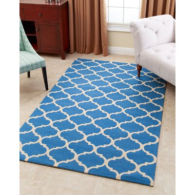 Lindenwood Hand-Tufted Ocean Blue Area Rug Rug Size: 5 x 8
