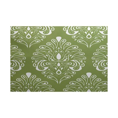 Selina Green Indoor/Outdoor Area Rug Rug Size: 4 x 6