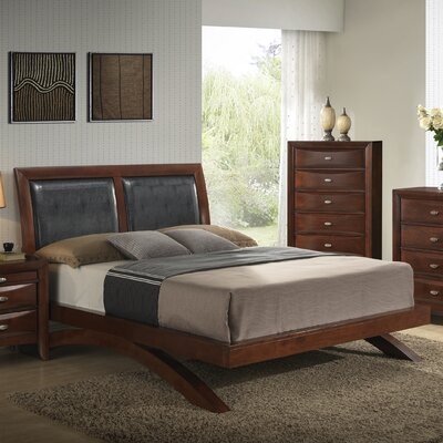 Plumcreek Platform 6 Piece Bedroom Set Size: Queen